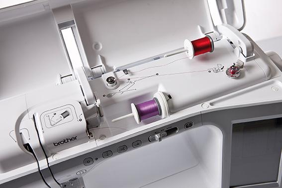 šicí a vyšívací stroj Brother INNOV-IS V7 + software PeDesign Plus2 ZDARMA-3