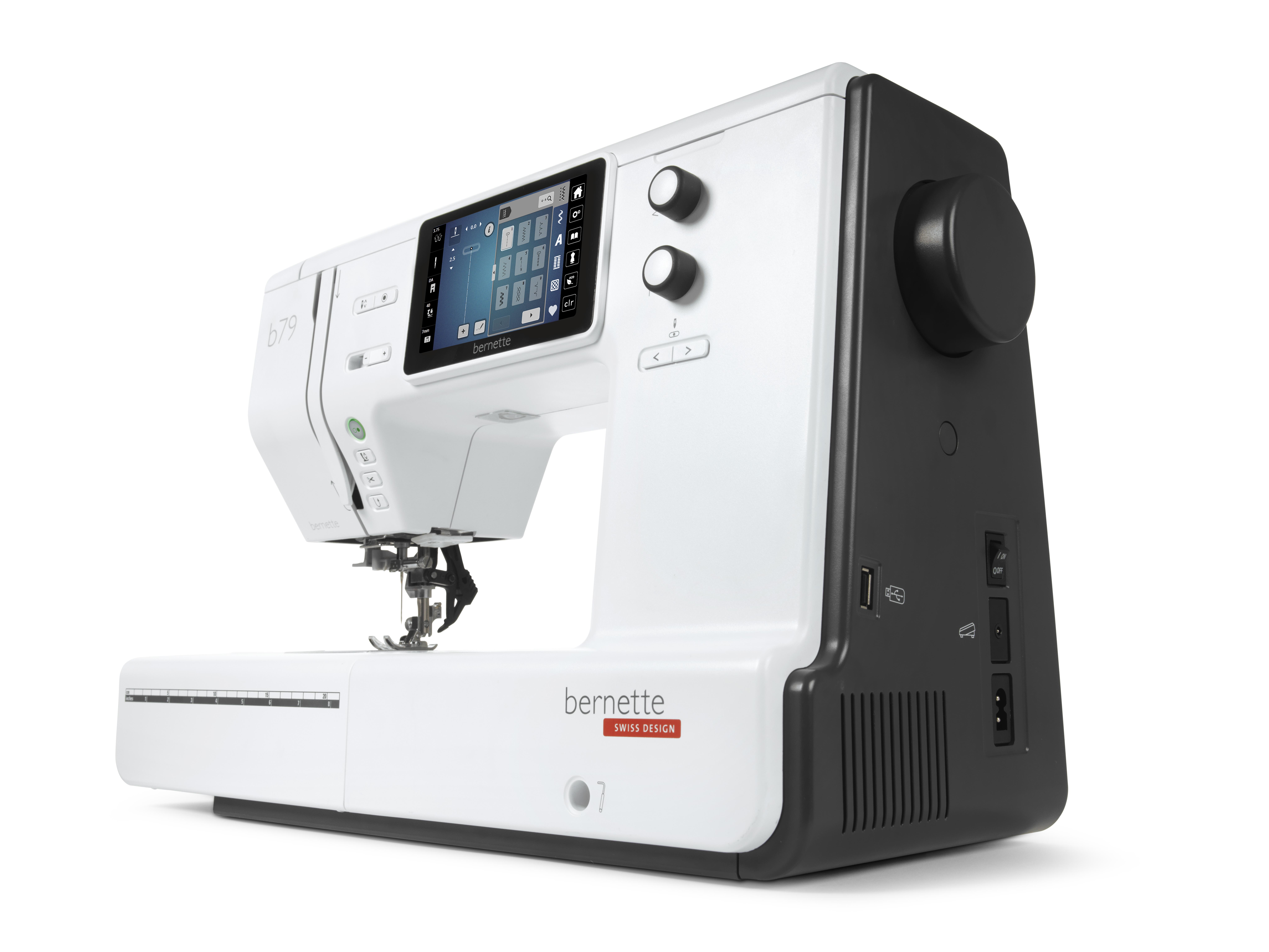 šicí a vyšívací stroj Bernette 79-2