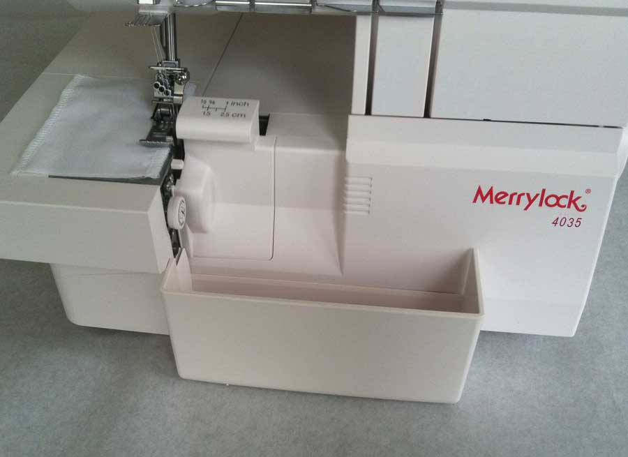 overlock Merrylock MK 4035 + sada kvalitních jehel Organ ZDARMA-1