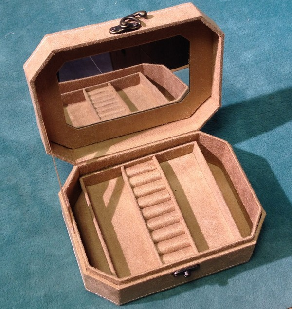 šperkovnice béžová 7x15x20cm-1