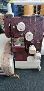šicí stroj Lucznik 432 /2 programy - s kufrem