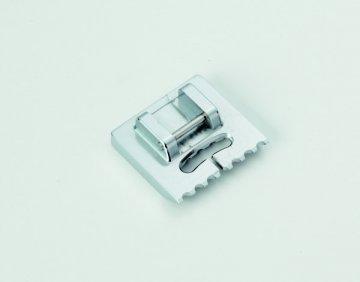 Patka na všívání až 5 provázků (pro stroje s podavačem 9mm)