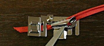 Patka pro lemování textilní páskou (pro stroje s podavačem 9mm)