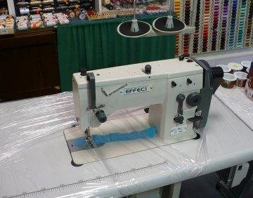 průmyslový šicí stroj Effeci 20U cik-cak se stolem/bez motoru