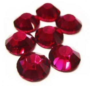 4mm nalepovací kameny broušené ruby