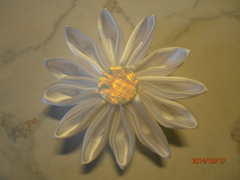 kanzashi květina - ruční práce