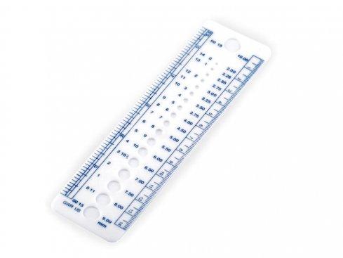 pravítko na měření jehlic