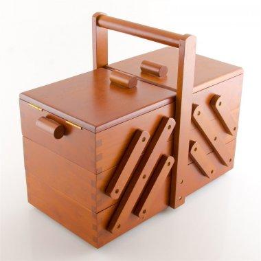 kazeta na šití dřevěná 36x28x19cm