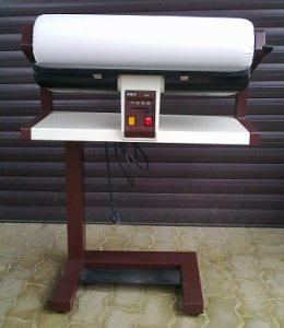 repasovaný mandl Pfaff 653 - šíře válce 67cm
