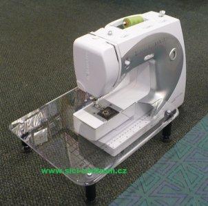 quiltovací stolek Bernette 55-92c