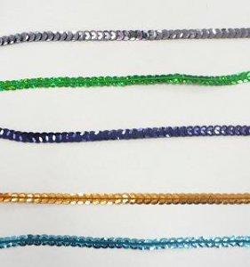 flitry prolamované-barvy na šňůrce